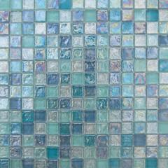 Piastrelle a mosaico per bagno sulle pareti della doccai mosaico bars il piatto doccia doghe - Piastrelle bagno mosaico prezzi ...