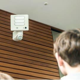 Proiettore con telecamera wireless da esterno fissa con visione notturna Esa