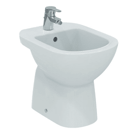 Bidet a pavimento distanziato suite IDEAL STANDARD