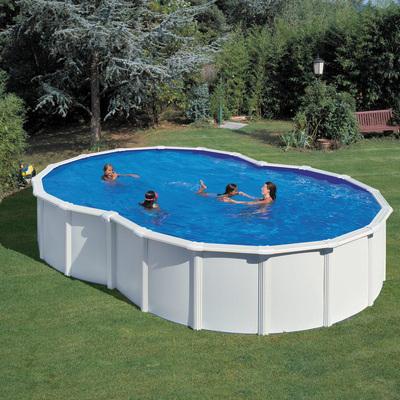 Piscina bianca a forma di otto con parete in acciaio h 120 for Attrezzi per piscina