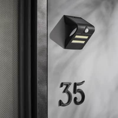 Applique Yukon LED integrato in plastica nero 1.9W 200LM IP44 INSPIRE