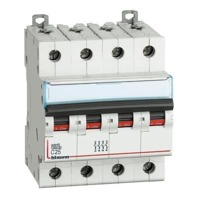 Interruttore magnetotermico BTICINO BTDIN60 4P25A 6kA C 4 moduli 380V
